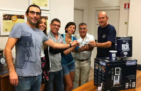 Brinda con noi per festeggiare l'International Coffee Day